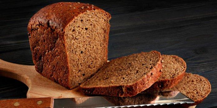 Чорний хліб може бути небезпечним для організму, - медики