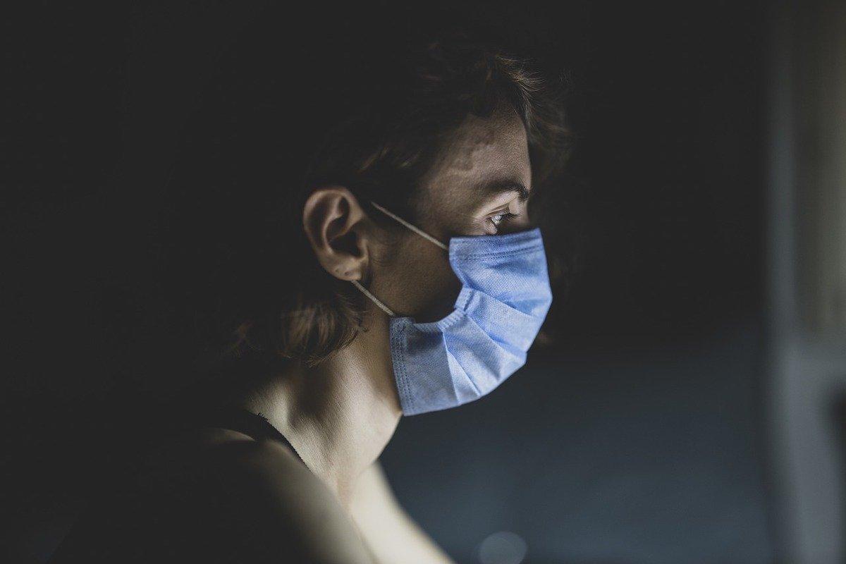 Новий тип коровірусу з Великобританії: вірус-мутант може загрожувати людству