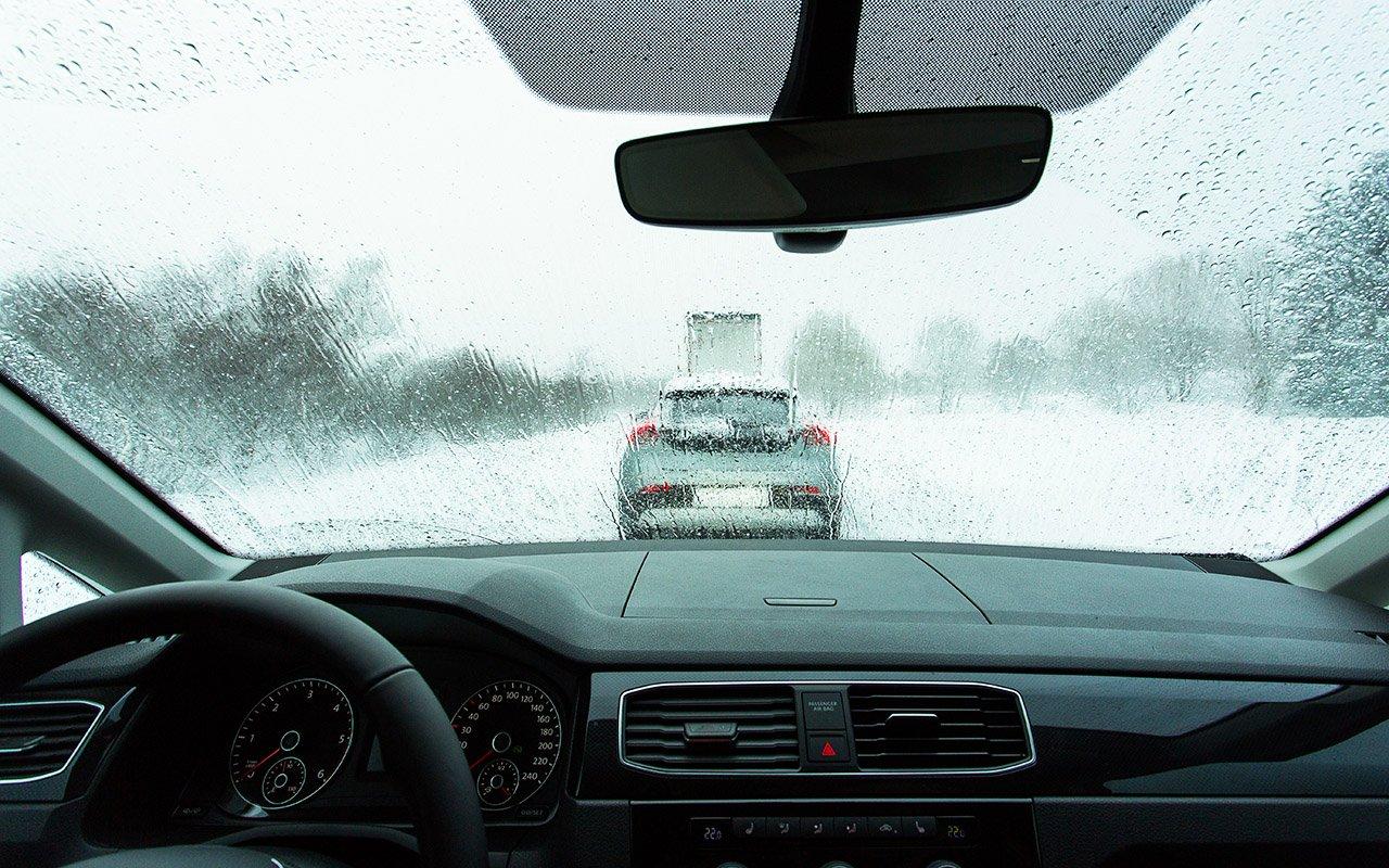 Названо п'ять найкращих лайфхаків для водіїв взимку