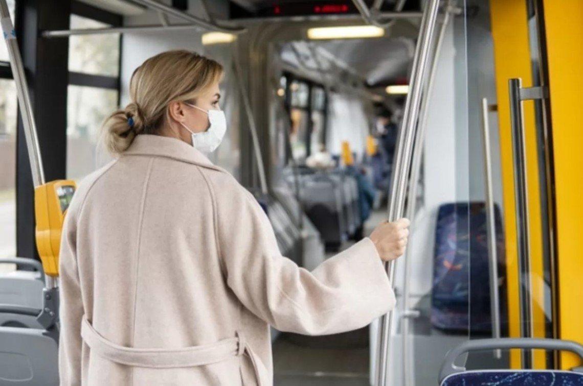 Безкоштовного проїзду у громадському транспорті не буде: пільговикам також доведеться платити