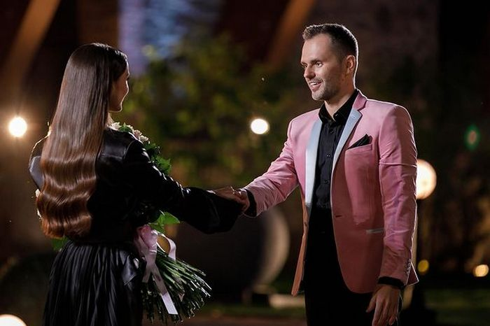 «Холостячка» Ксения Мишина встречалась с выбывшим до финала участником шоу