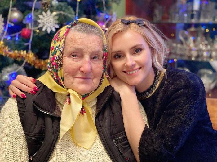 """""""Очень похожи"""": Ирина Федишин показала свою любящую бабушку"""