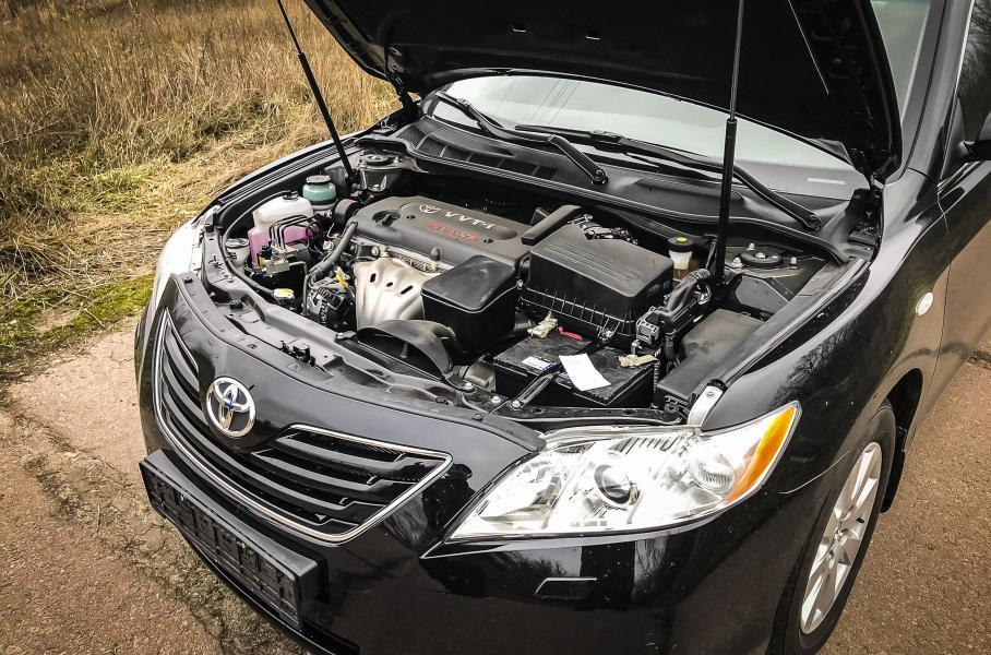 """""""Капсула часу"""": В Мережі показали нову Toyota Camry 40"""