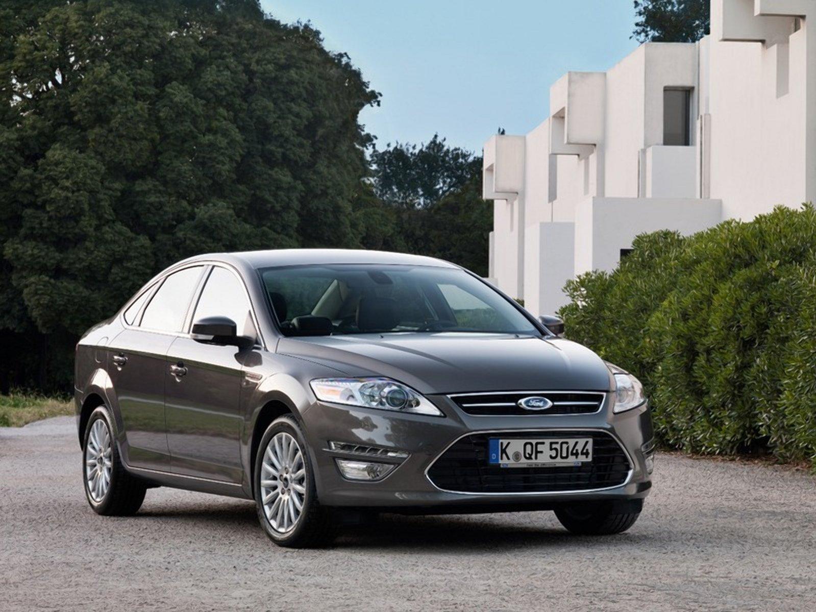 4 причини купити б/в Ford Mondeo і 2 причини цього не робити