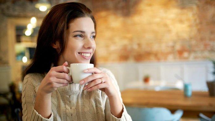 Кофе с молоком: можно ли пить напиток при похудении