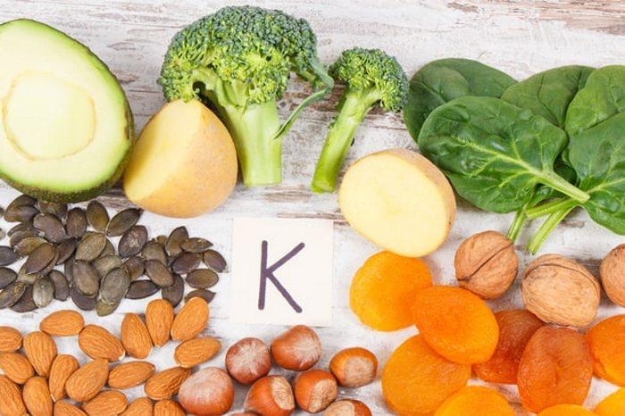 Вчені назвали вітамін, дефіцит якого збільшує ризик смерті від коронавірусу