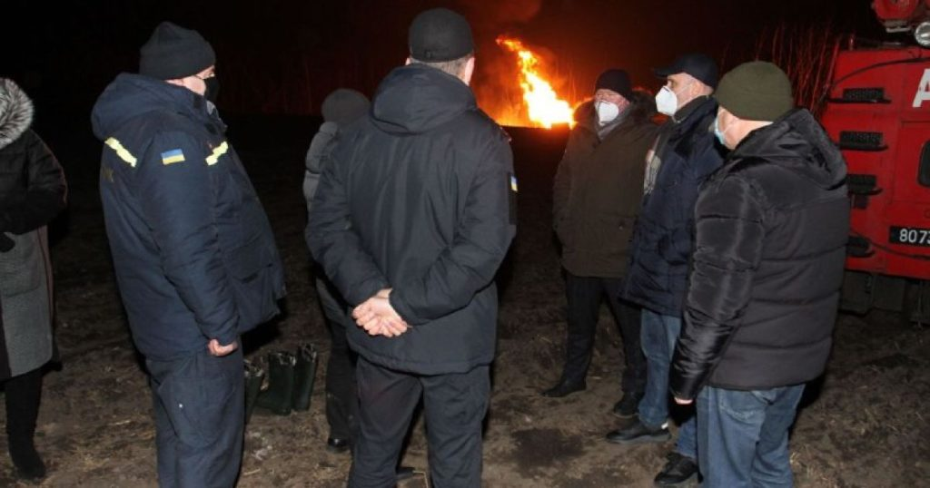 Вибух магістрального газопроводу: вогонь вдалося погасити, але СБУ поки мовчить