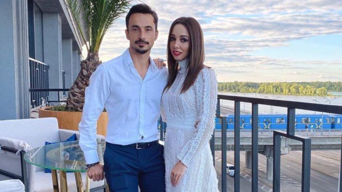 Екатерина Кухар рассказала, как последние десять лет они с мужем отмечают День всех влюбленных