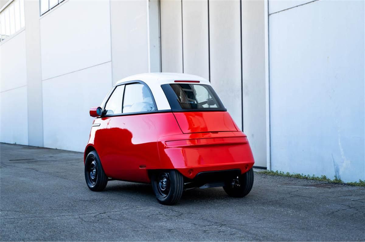 У Європі показали недорогий електричний міні-кар