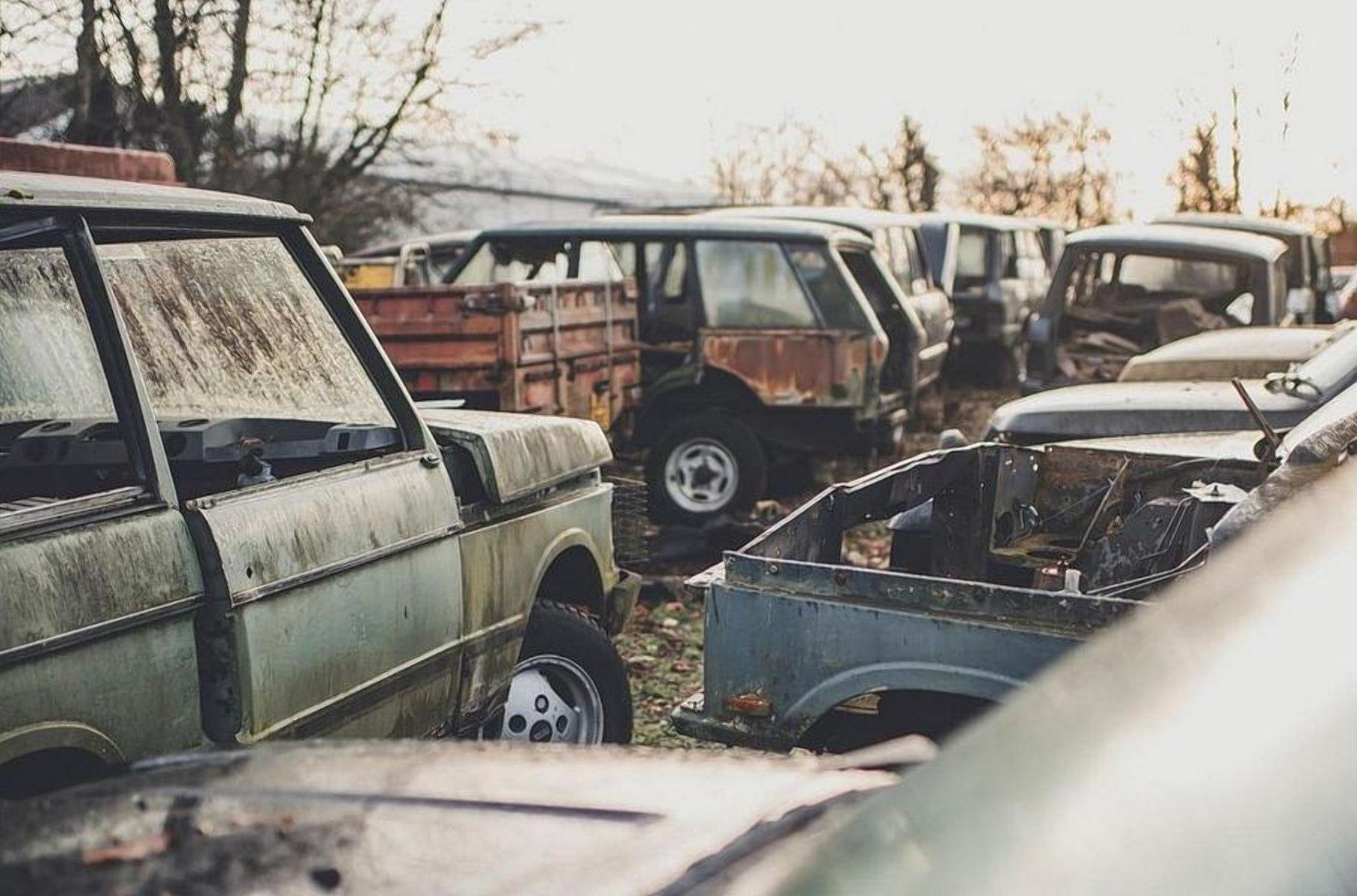 В Англії знайшли «кладовище» позашляховиків Land Rover