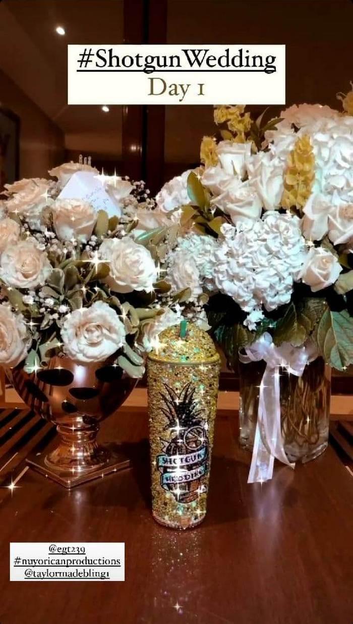 """""""Свадьба по залету"""": Дженнифер Лопес показала фото в красивом свадебном платье"""