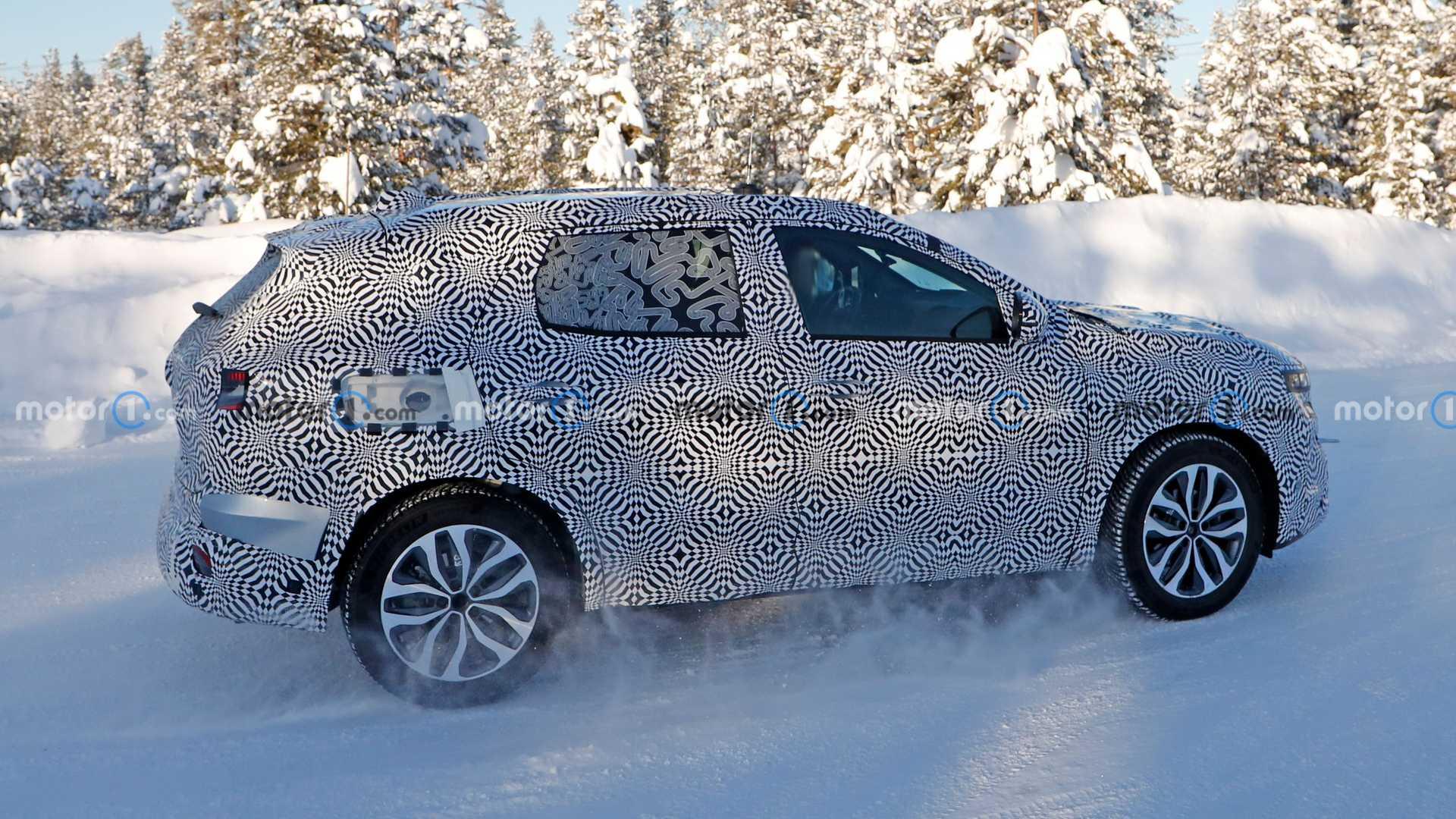 Renault тестує конкурента Nissan Qashqai