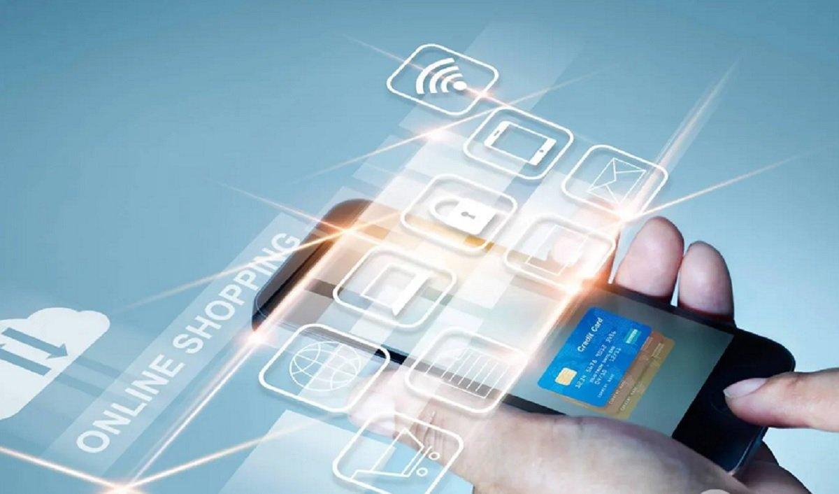 В ПриватБанке объяснили, как перевыпустить платежную карту онлайн без похода в отделение