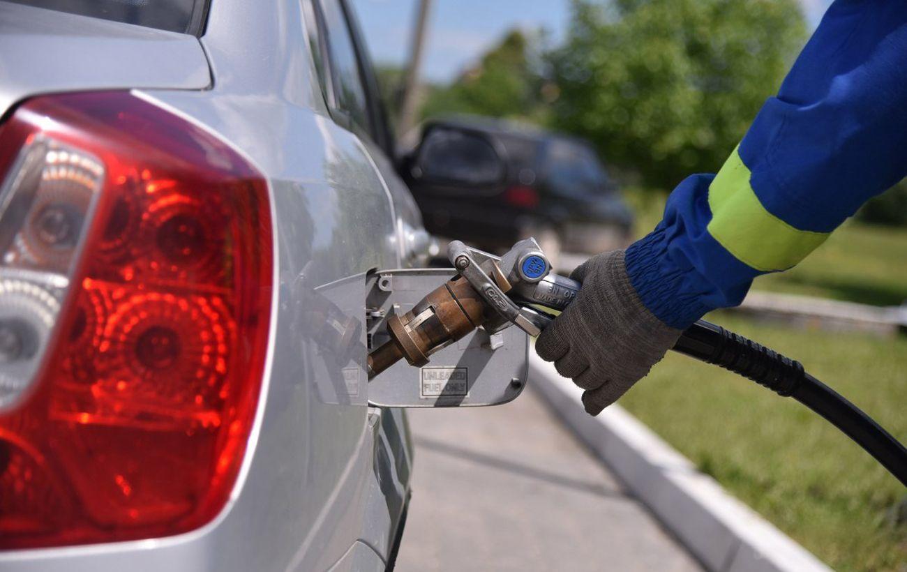 Ціни на паливо зростуть: чому в Україні дорожчає бензин і дизпаливо