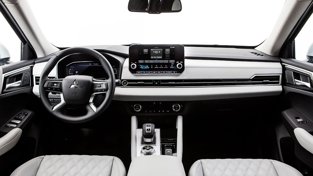Известно, когда новый Mitsubishi Outlander приедет в Украину