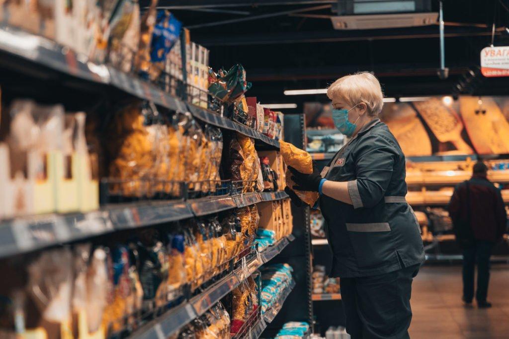 В АТБ пообіцяли не піднімати ціни на продукти для українців
