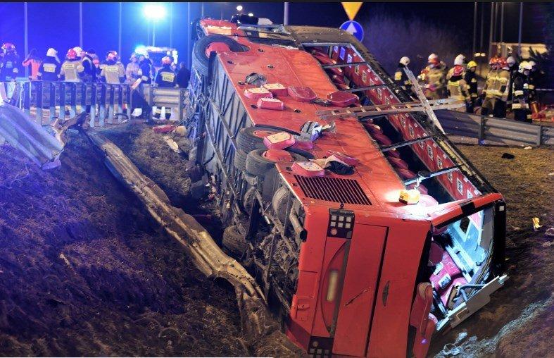ДТП автобуса з українцями в Польщі: шестеро загиблих і багато травмованих