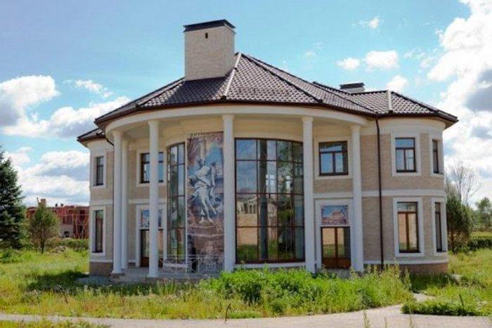 Віра Брежнєва похвалилася інтер'єром свого розкішного будинку