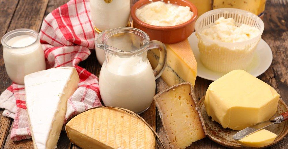 Молочні продукти знову дорожчають: масло і кефір стануть їжею для багатих