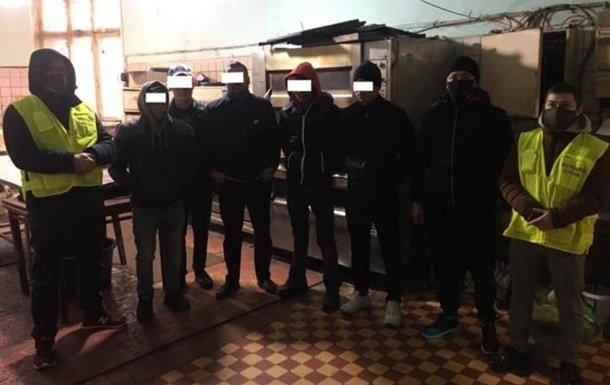 В Одесі викрили підпільний цех з випічки хліба