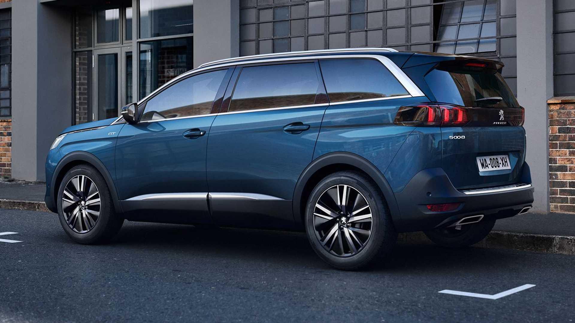 В Україні з'явився оновлений Peugeot 5008