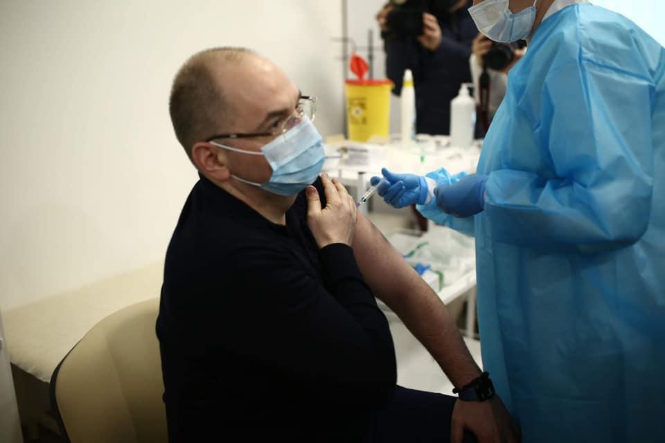 Індійська вакцина від коронавірусу може зіпсуватися: Україна не встигне її використати до закінчення терміну придатності