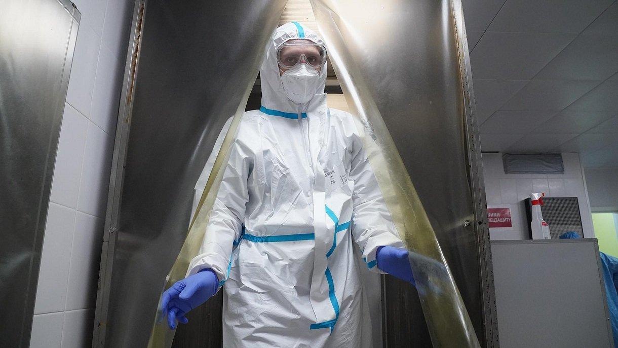 Харьковчанин за период пандемии переболел коронавирусом четыре раза: врачи рассказали подробности