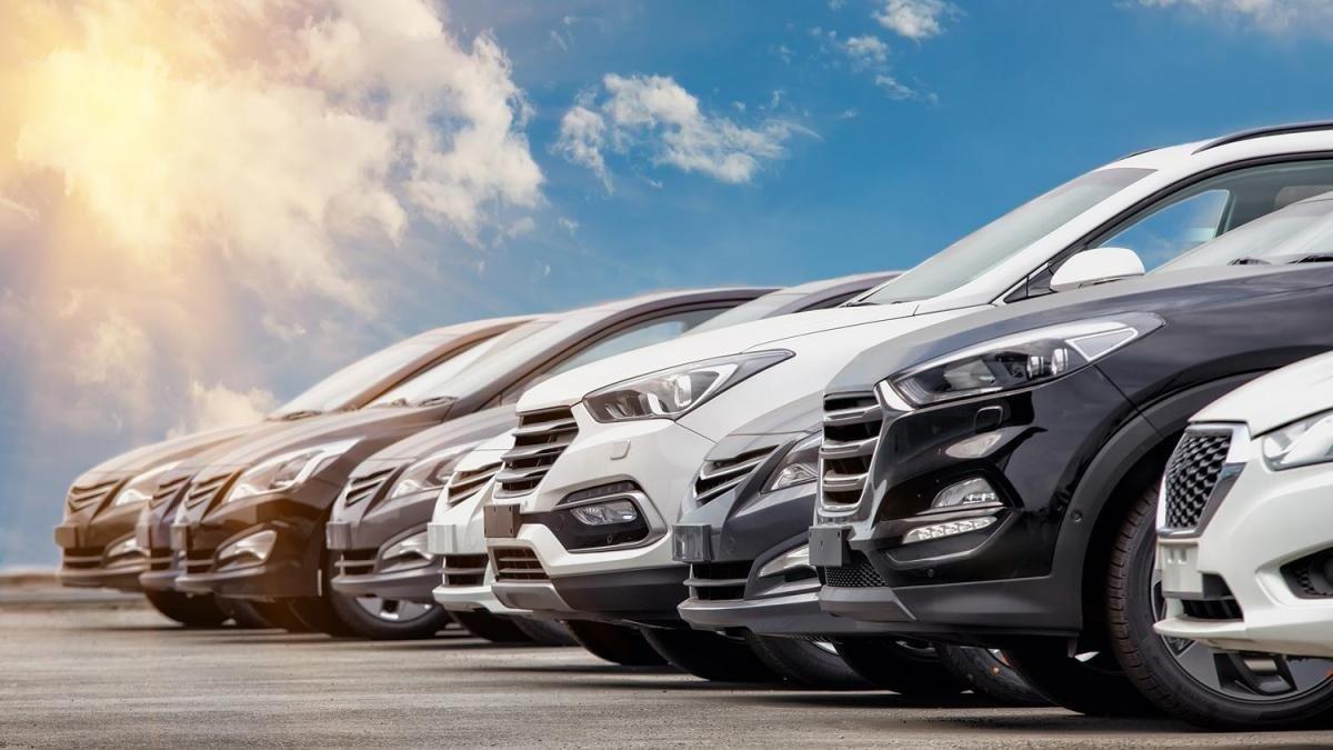 В Україні хочуть ввести новий транспортний податок, який призведе до підвищення цін на бензин і автогаз