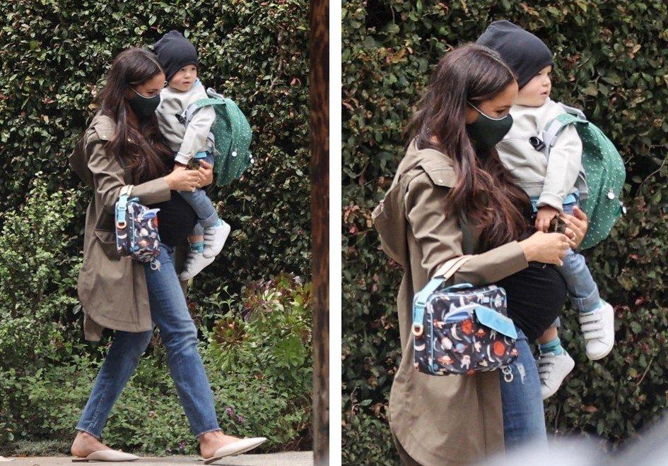 Беременная Меган Маркл с сыном на руках впервые попала в объективы папарацци в США