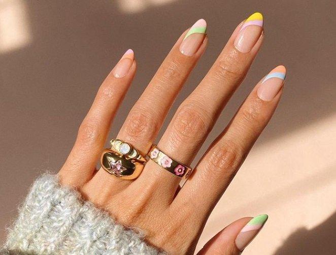 Яскравий манікюр на літо 2021: ТОП-3 модних тренда в дизайні нігтів