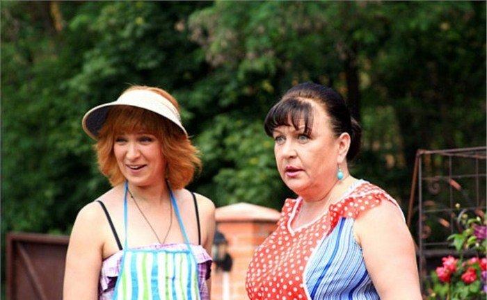 """Актриса Олеся Железняк рассказала, когда доснимут последние серии сериала """"Сваты"""""""