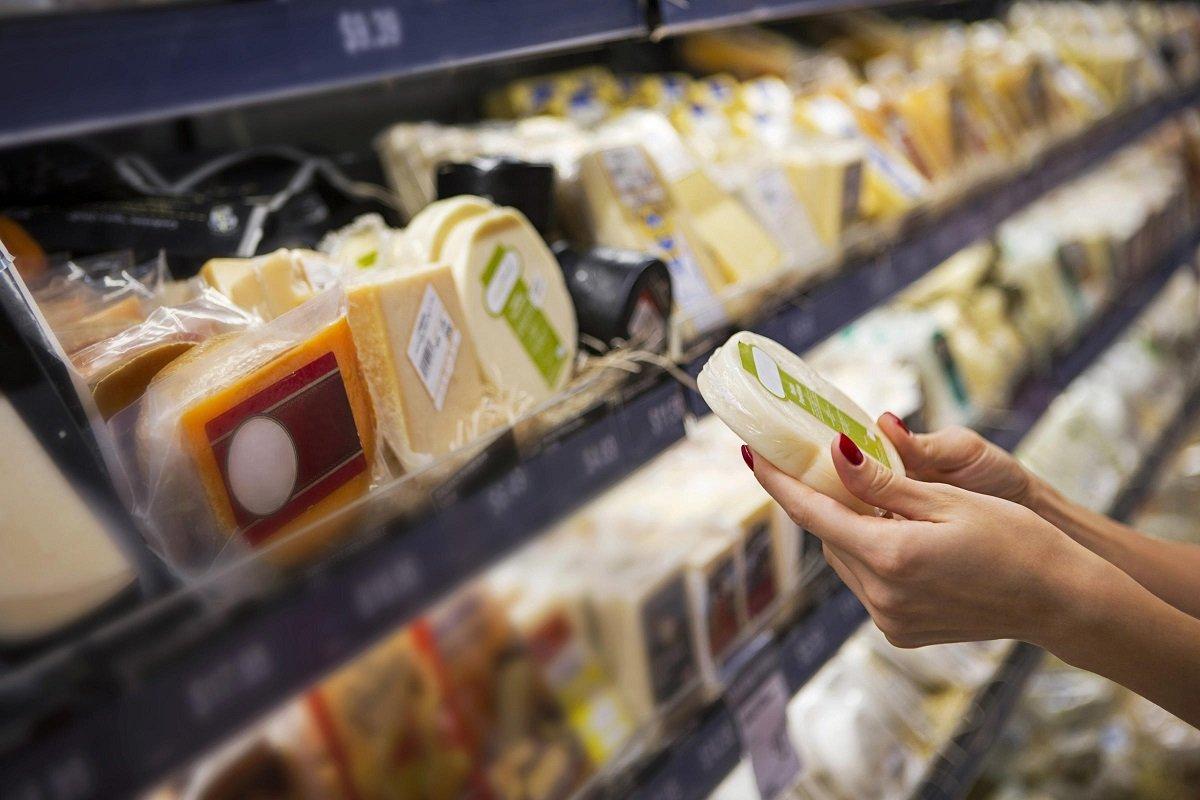 Стало відомо, які продукти харчування найчастіше фальсифікують в Україні