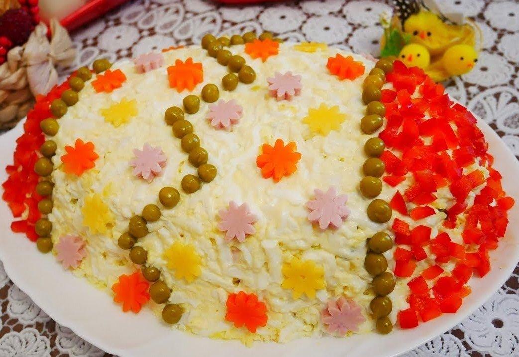 """Салат """"Великоднє яйце"""" з телятиною і волоськими горіхами: рецепт частування на свято"""