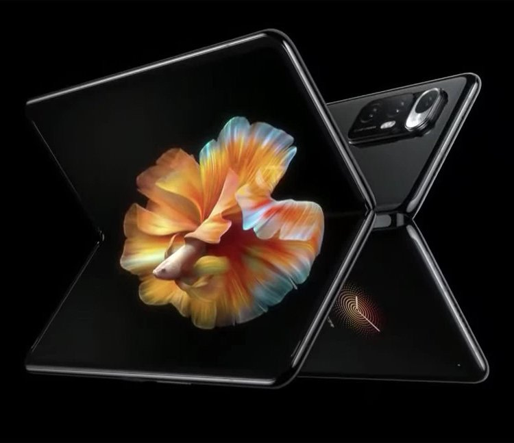 Xiaomi выставила на продажу новый смартфон с гибким экраном и уникальной камерой