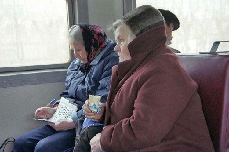В Україні планують скасувати безкоштовний проїзд у громадському транспорті для пільговиків