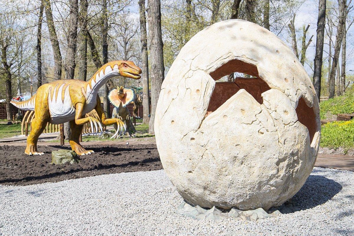У Києві на Великдень відкриють найбільший в Україні парк динозаврів