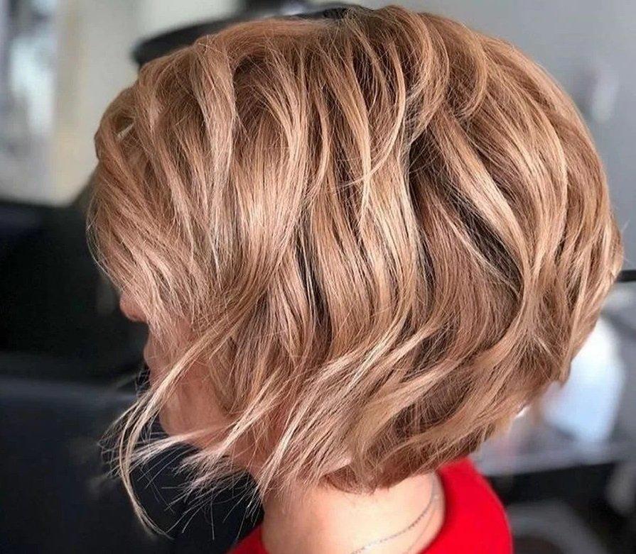ТОП-3 самые подходящие стрижки для волнистых и кудрявых волос