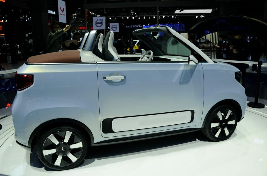 Китайський електромобіль за $4400 зробили ще краще