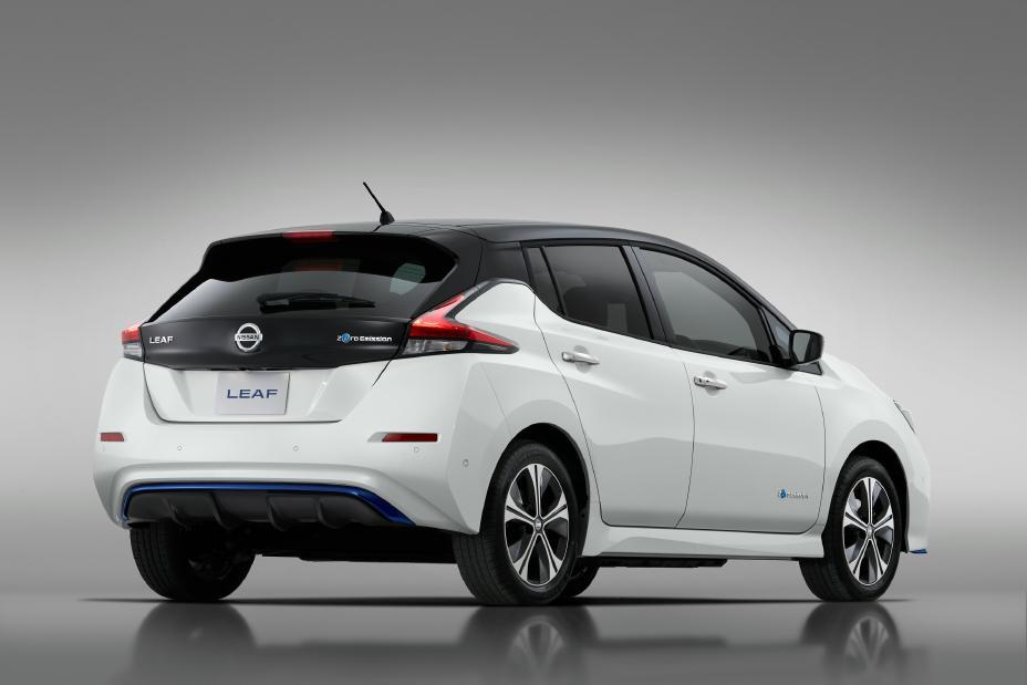 В Україні влітку почнуться продажі Nissan Leaf