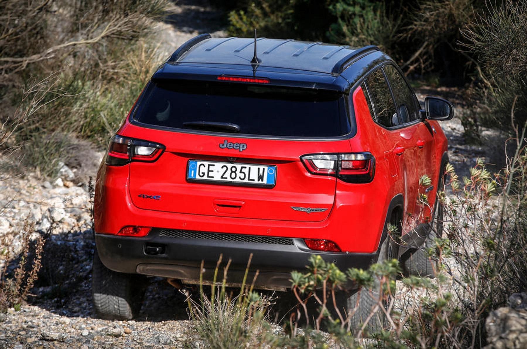 Jeep привез в Европу новый кроссовер