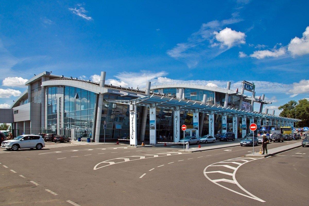 """Аеропорт """"Київ"""" закриють майже на рік заради європейського лоукостера Wizz Air"""