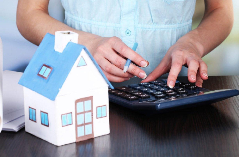 У українців відбиратимуть житло за несплату податків