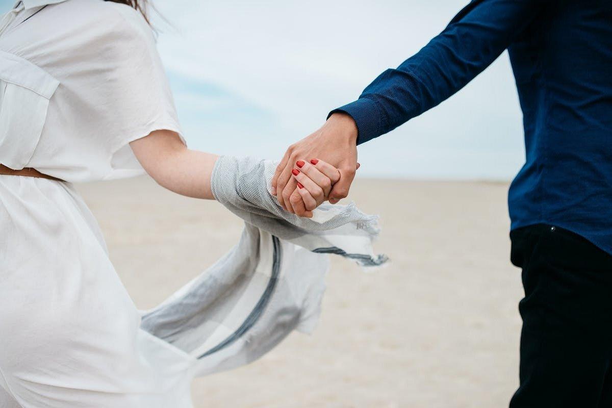 Гороскоп для всіх знаків Зодіаку на 19 травня: Павло Глоба прогнозує успіх в коханні та великі зміни