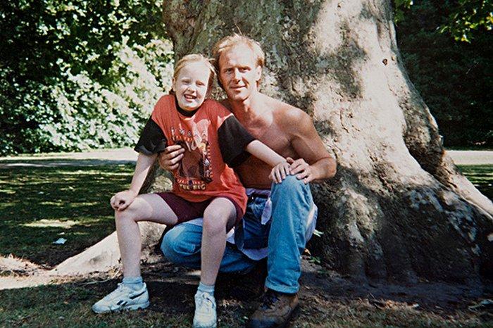 Адель потеряла отца, с которым не общалась более 10 лет