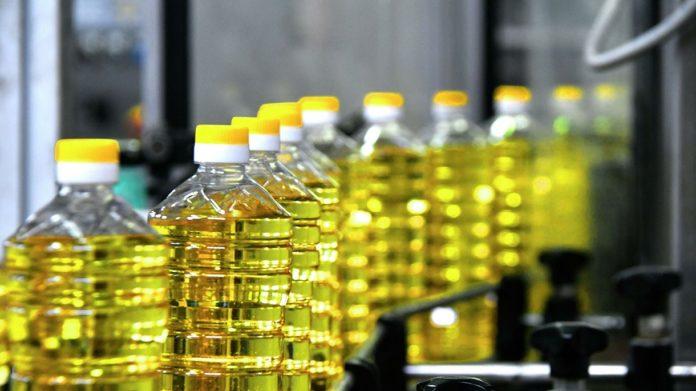 Подсолнечное масло будут продавать по цене оливкового: в Украине снова дорожают продукты - today.ua