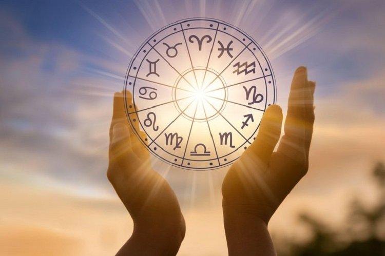 Гороскоп для всех знаков Зодиака на 6 мая: Павел Глоба прогнозирует разрушение старых планов