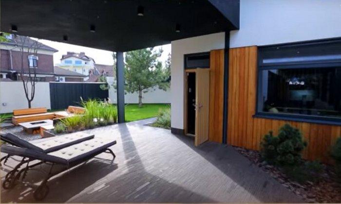 У Мережі показали, як вигладає сучасний будинок Юлії Саніної зі студією звукозапису: фото і відео
