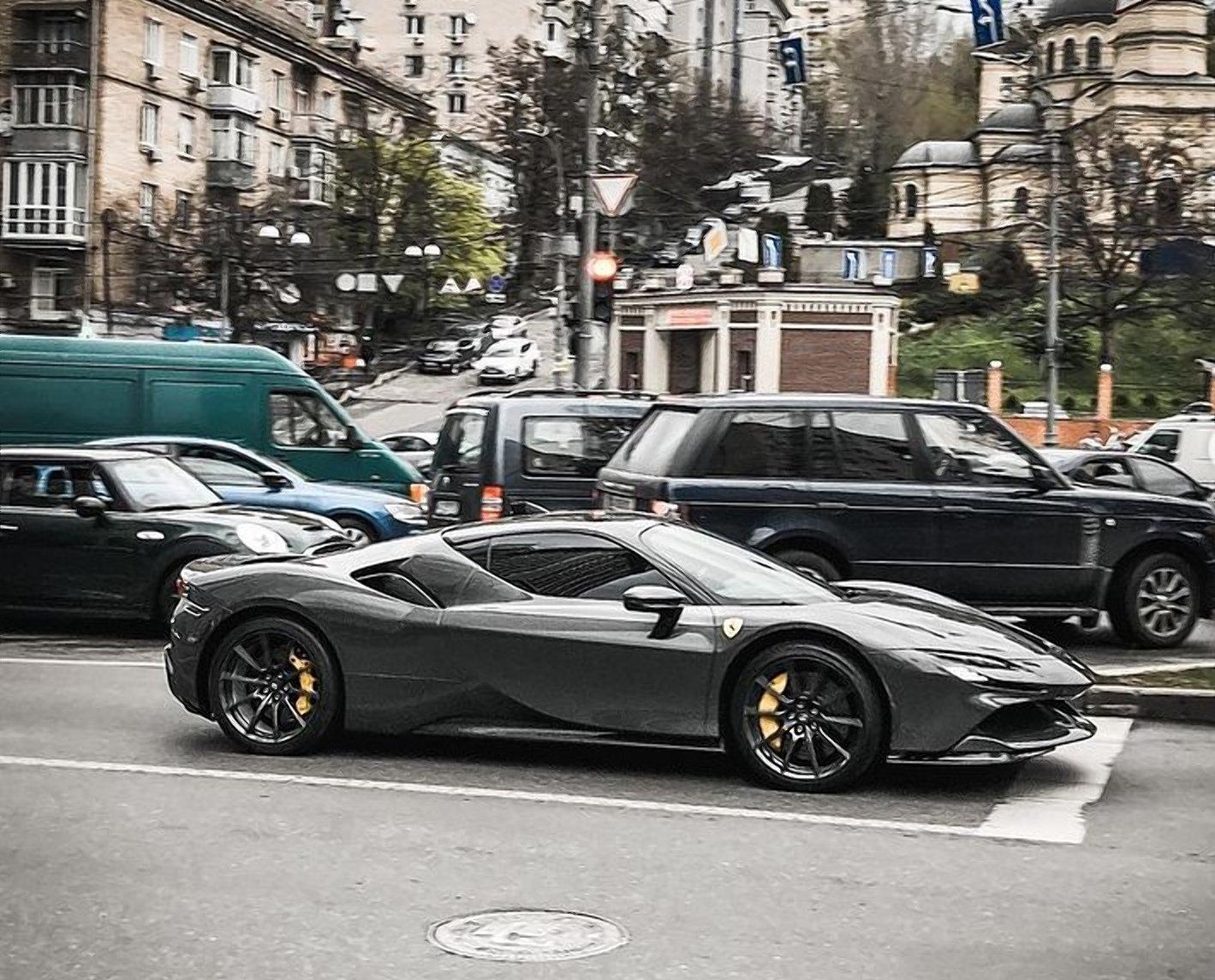 У Києві помітили Ferrari за 20 мільйонів