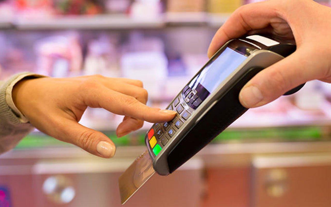 ПриватБанк спростив зняття готівки для своїх клієнтів: тепер шукати банкомат не потрібно