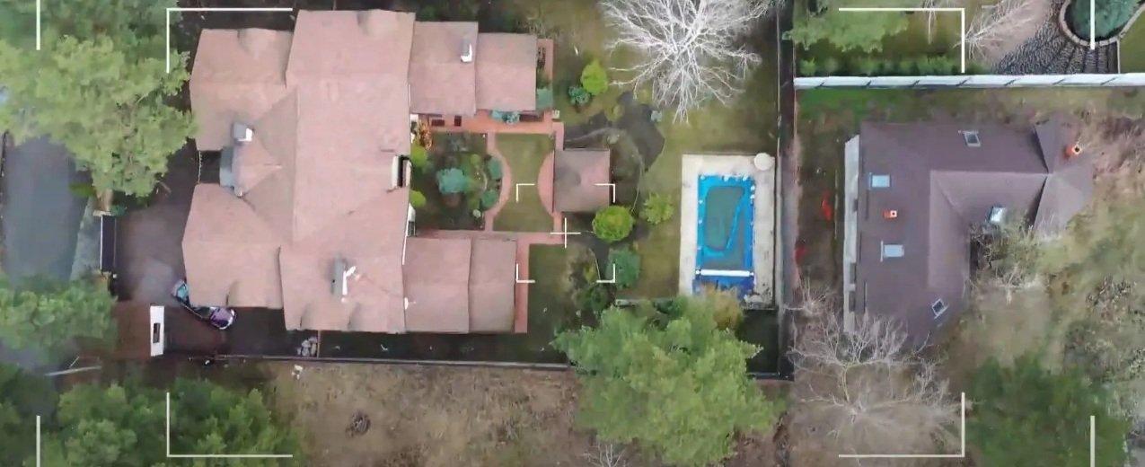 Будинок Світлани Лободи під Києвом: фото і відео розкішного маєтку співачки